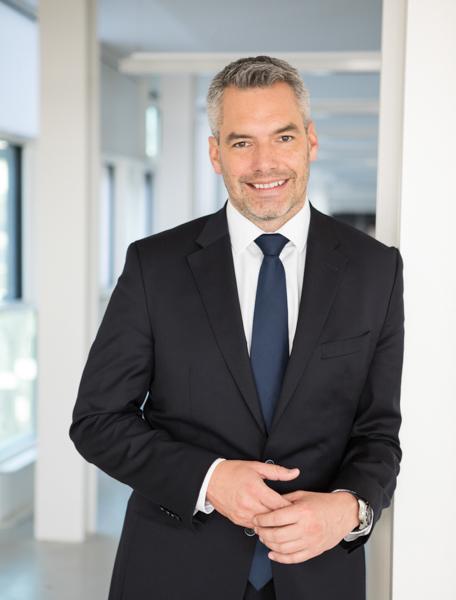 Businessportrait, Karl Nehammer, ÖVP Generalsekretär