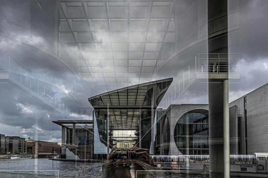 Architekturfoto mit Spiegelung, Regierungsviertel Berlin
