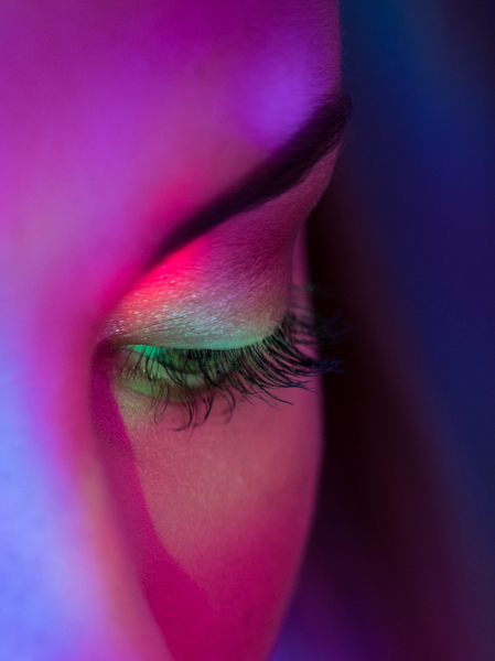 coloured light Make up